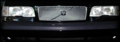 Mesh grille with Volvo logo