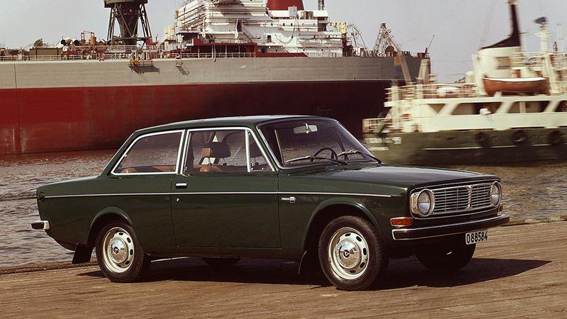 Volvo History. Volvo 142
