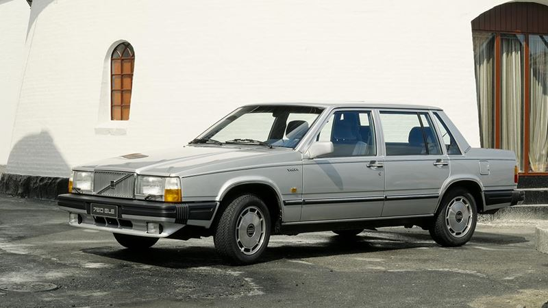 Volvo History. Volvo 760 Saloon or Sedan