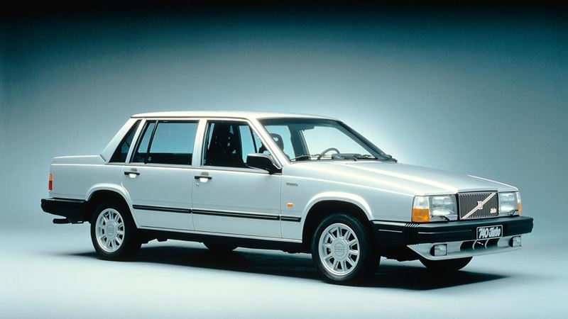 Volvo History. Volvo 740 Saloon or Sedan