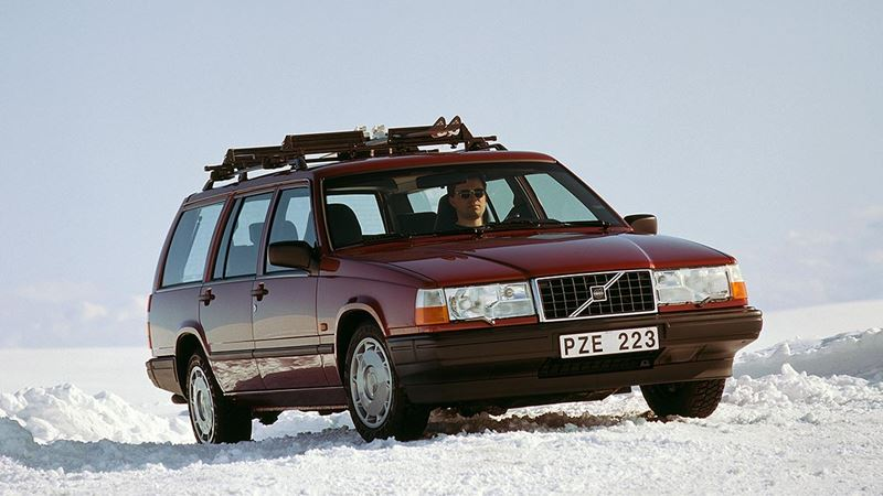 volvo history volvo 940 estate or wagon. Black Bedroom Furniture Sets. Home Design Ideas