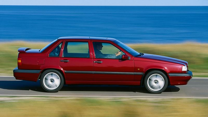 Volvo History. Volvo 850 Saloon or Sedan