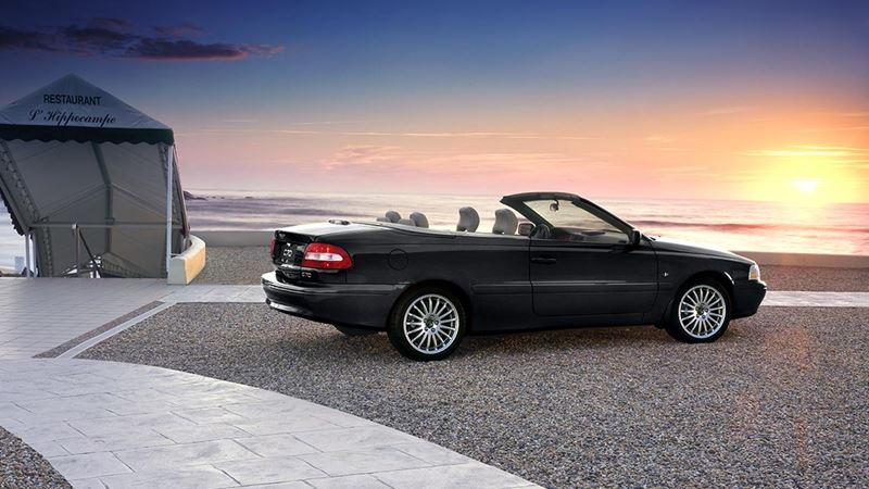 volvo history volvo c70 and c70 convertible. Black Bedroom Furniture Sets. Home Design Ideas