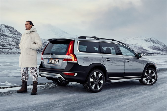 volvo xc70 model year 2015. Black Bedroom Furniture Sets. Home Design Ideas